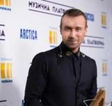 Олег Винник здивує новим сценічним образом